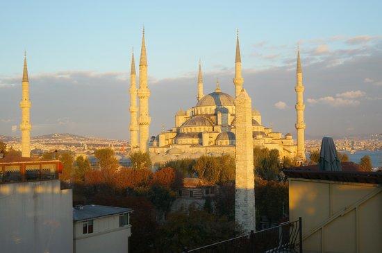 Hotel Fehmi Bey: 朝焼け
