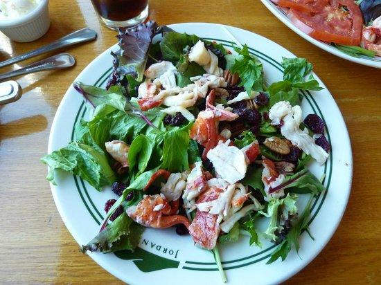 Jordan Pond House: Cranberry Island Salad w/ Lobster