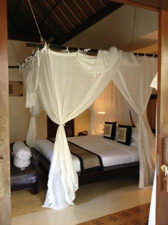 Barong Resort and Spa: bedroom