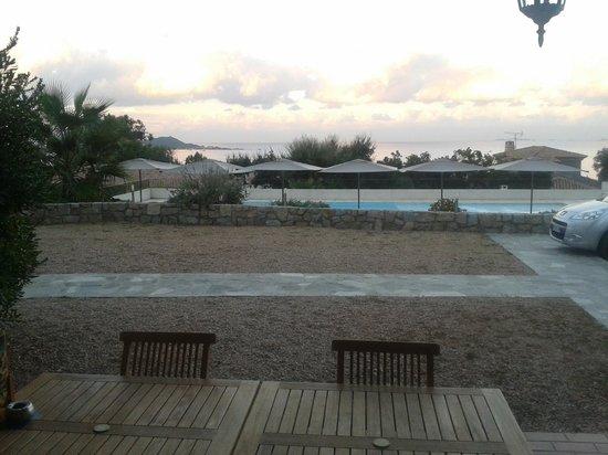 Kalliste Hotel Residence: terrasse et piscine