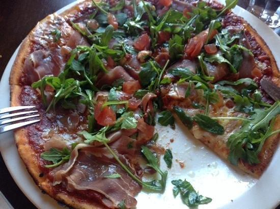 Etrusco at the Savoy: Pizza Roma, Delicious!