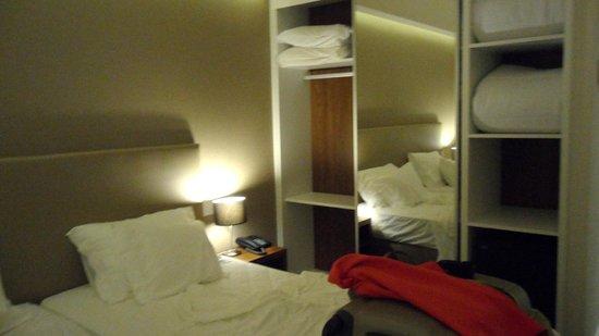 Hotel Regina: chambre avec mini bar