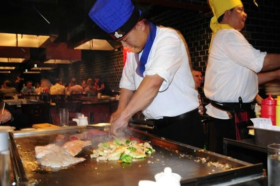 Kon Asian Bistro: our chef at work