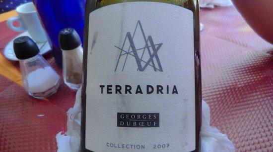 Les Pinedes: wine label