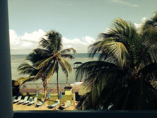 Coyaba Beach Resort: Perfect hotel ! Met het mooie weer gratis erbij !!!