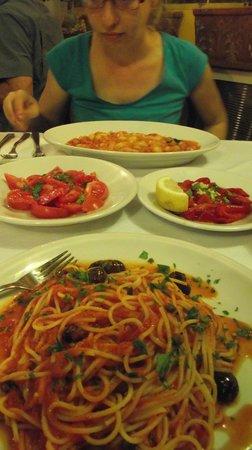 Ristorante Pizzeria Il Mulino: Roasted peppers, tomato salad
