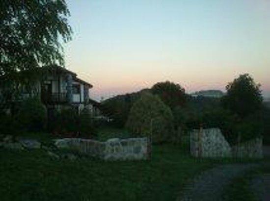 Olazi : Amaneceres preciosos. Y a lo lejos, el balido de las ovejas, y sus campanillas ...