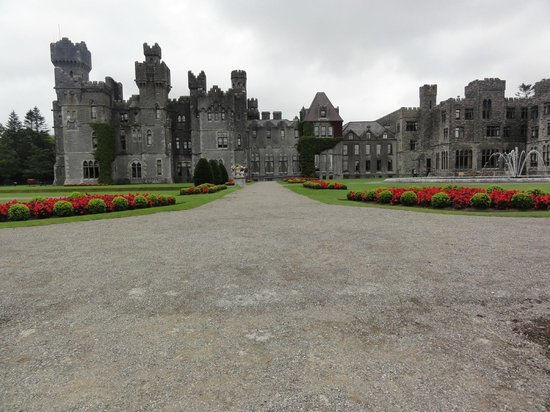 Ashford Castle: panorama view