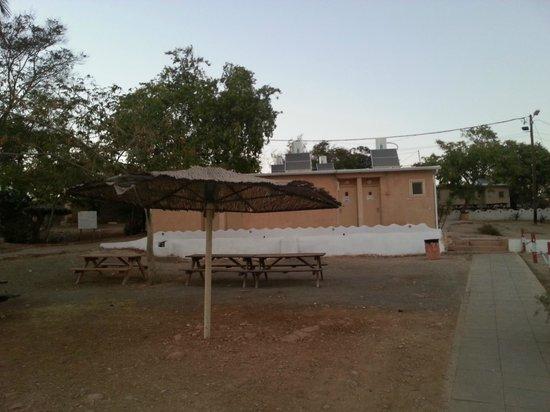 Metzoke Dragot: Our hut