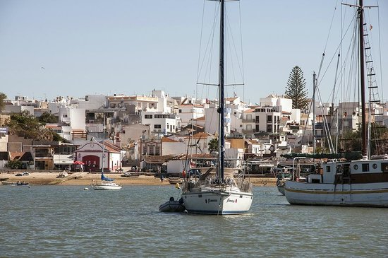 Trigana Boat Trips : The view of Alvor from the boat upon return.
