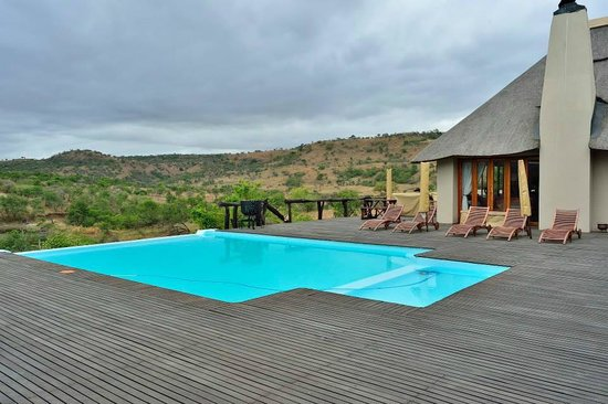 Lions Valley Lodge Private Game Reserve: Pool