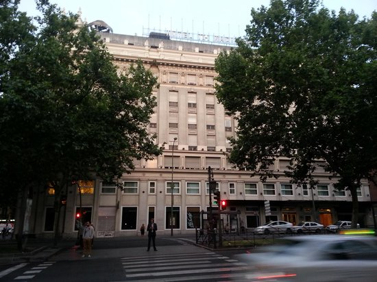 NH Madrid Nacional: Front view from across the street
