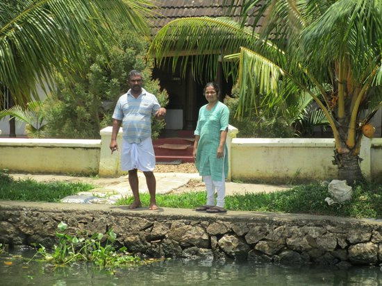 Thevercad Alleppey Homestay: George and Bindu