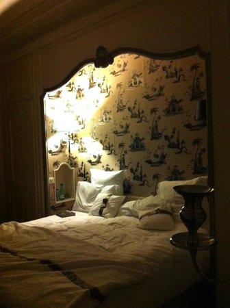 Courcelles-Parc: Das sehr bequeme und feine Bett