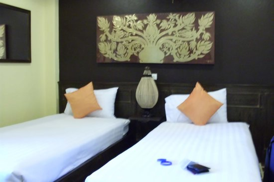 Chiangmai Night Bazaar Boutique Hotel: not bad for £16 ;)