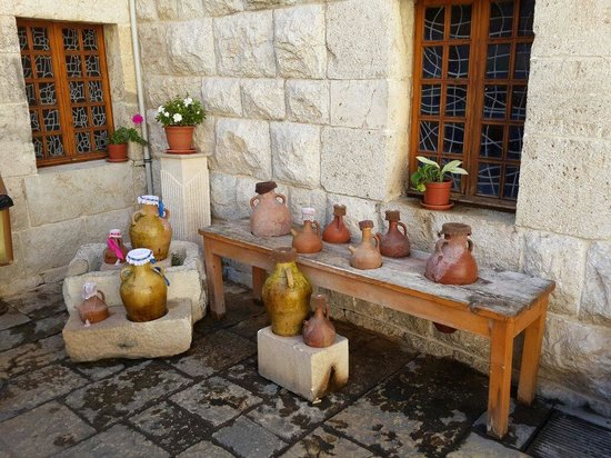 Monastery of St. Maron Annaya : Pots with water for pilgrims