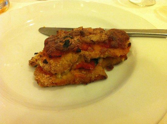Alla Lanterna: im Ofen gebackenes Schnitzel mit Paprika-Tomaten-Füllung