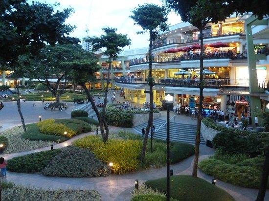 Hotel Stella: Ayala-Center 10 Minuten mit dem Taxi