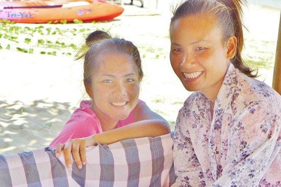 Hacienda Beach Resort: The amazing massage girls
