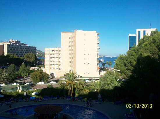 Sol Lunamar Apartments: view from room 505