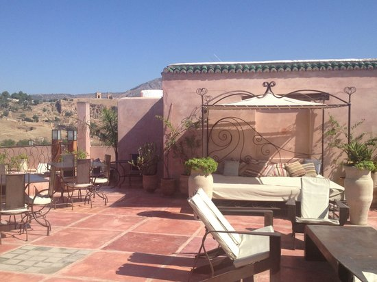 Riad Laaroussa Hotel and Spa: Roof top terrace