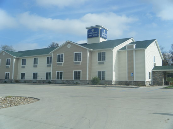 Cobblestone Inn & Suites - Bloomfield
