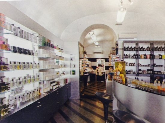‪Olfattorio Bar A Parfums‬