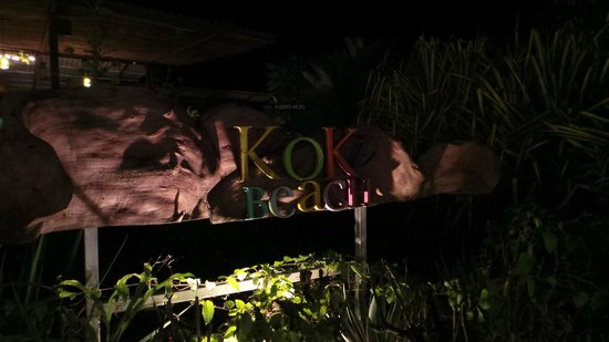 KOKi Beach Restaurant & Bar: Mooie moderne zaak