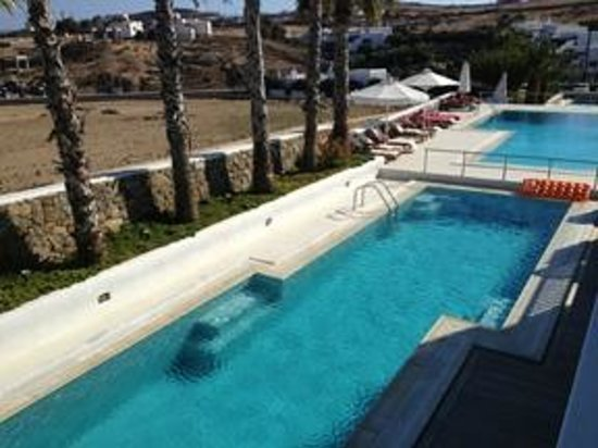 Kalafatis, Greece: The poolside...