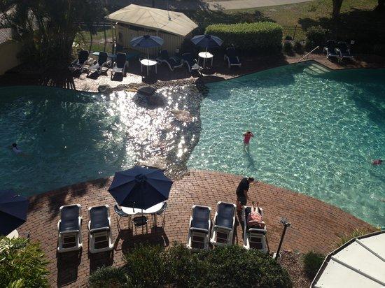 Gemini Resort: Fun in the sun