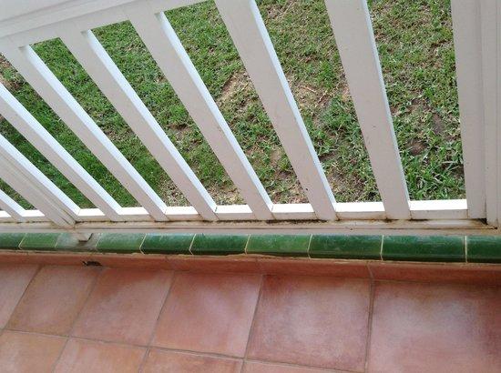 Ona Ogisaka Garden: balcon