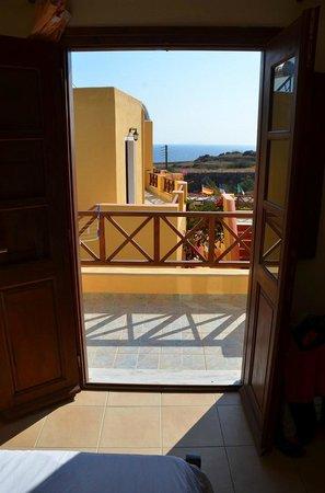 Soulis Apartments: Vue sur mer