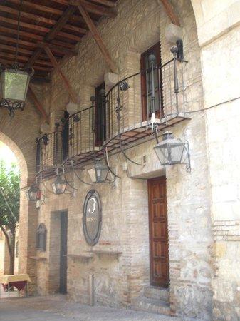 Jewish Quarter (Juderia): Calle hacía otras pequeñas callejuelas en La Judería