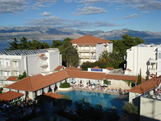 SENTIDO Kaktus Resort: Mountains in the back ground