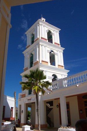 Hotel Playa Cayo Santa Maria: Estrella tower