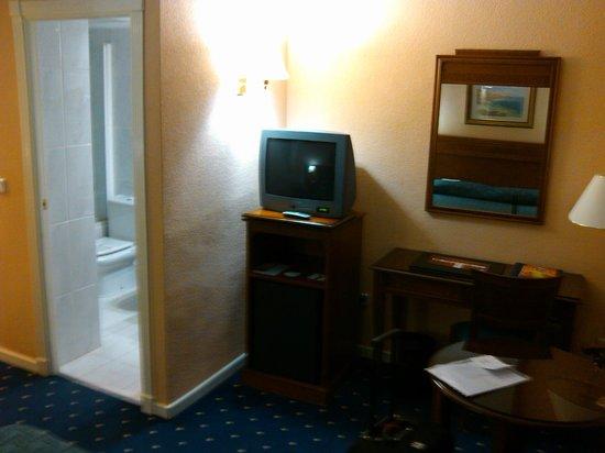 Hotel Sercotel Alfonso XIII: Televisión