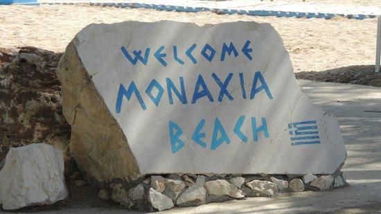 Monaxia