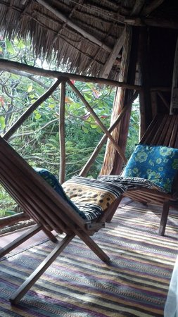 Bellevue Guesthouse: Jungle Bungalow