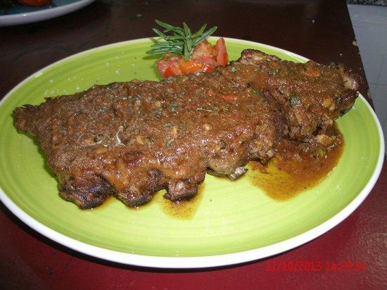 La Roca Restaurant Caribbean Grill: Jamaicans Spareribs/ Costillas al estilo Jamaicano.