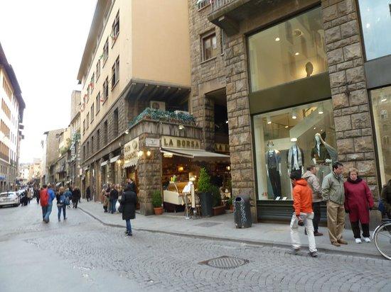 Pierre Hotel Florence: CAMINO AL PONTE VECCIO