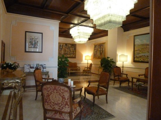 Pierre Hotel Florence: INTERIOR HOTEL PIERRE
