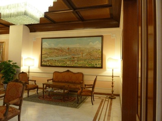 Pierre Hotel Florence: INTERIOR DEL HOTEL