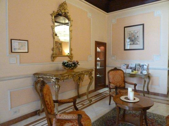 Pierre Hotel Florence: HABITACION DEL HOTEL