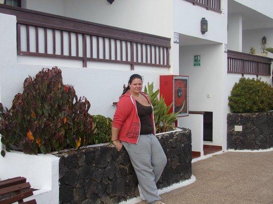Rosamar Apartments: front entrance