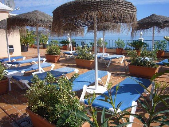 Apartamentos HC Burriana Playa: Takterrassen