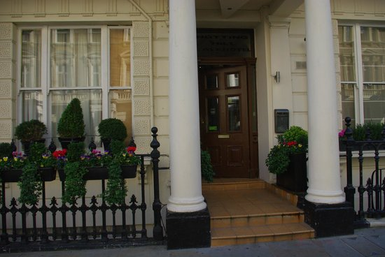 Notting Hill Gate Hotel: ENTRADA