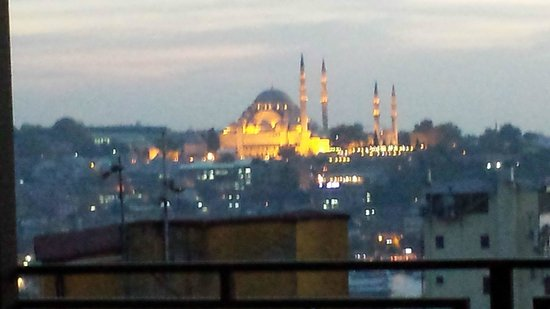 Louis Appartements : The Blue Mosque from the room terrace
