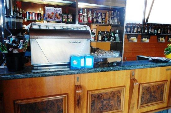 La Bruschetta: bar