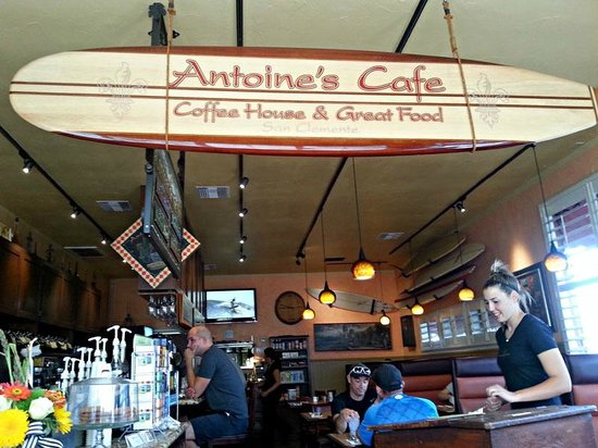 Antoine's Cafe: Surf City, with a fun video spooling on the TV