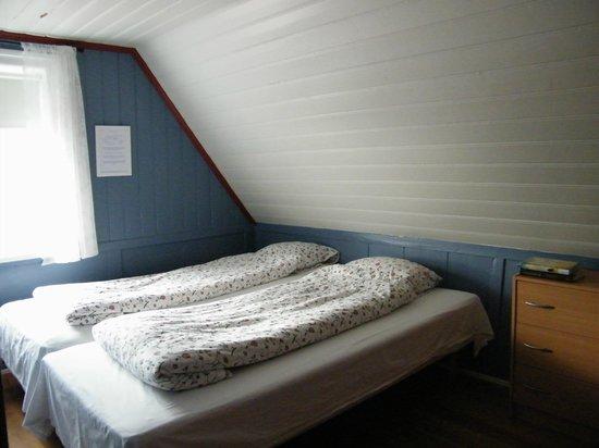 Ensku Husin Guesthouse : A cozy sleep upstairs